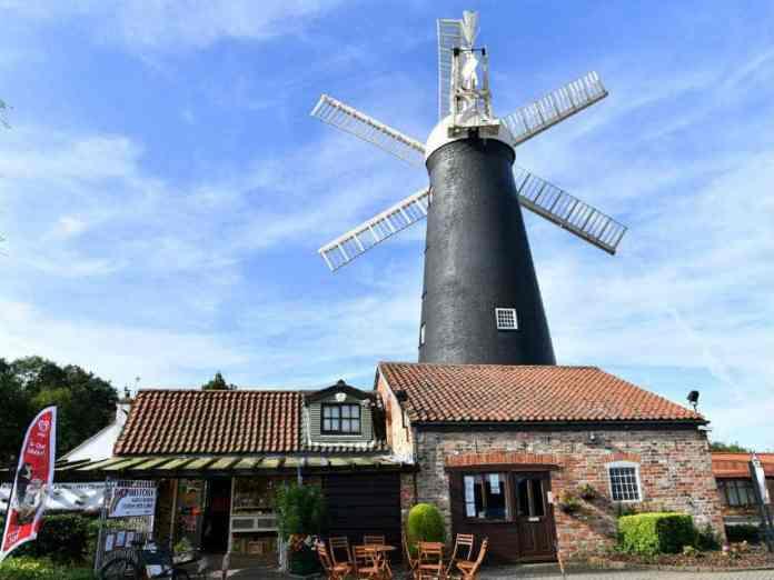 waltham windmill grimsby