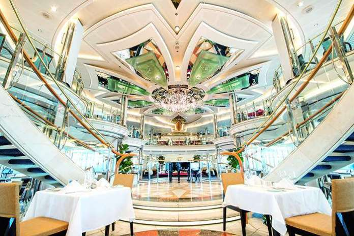discovery 2 dining reviews
