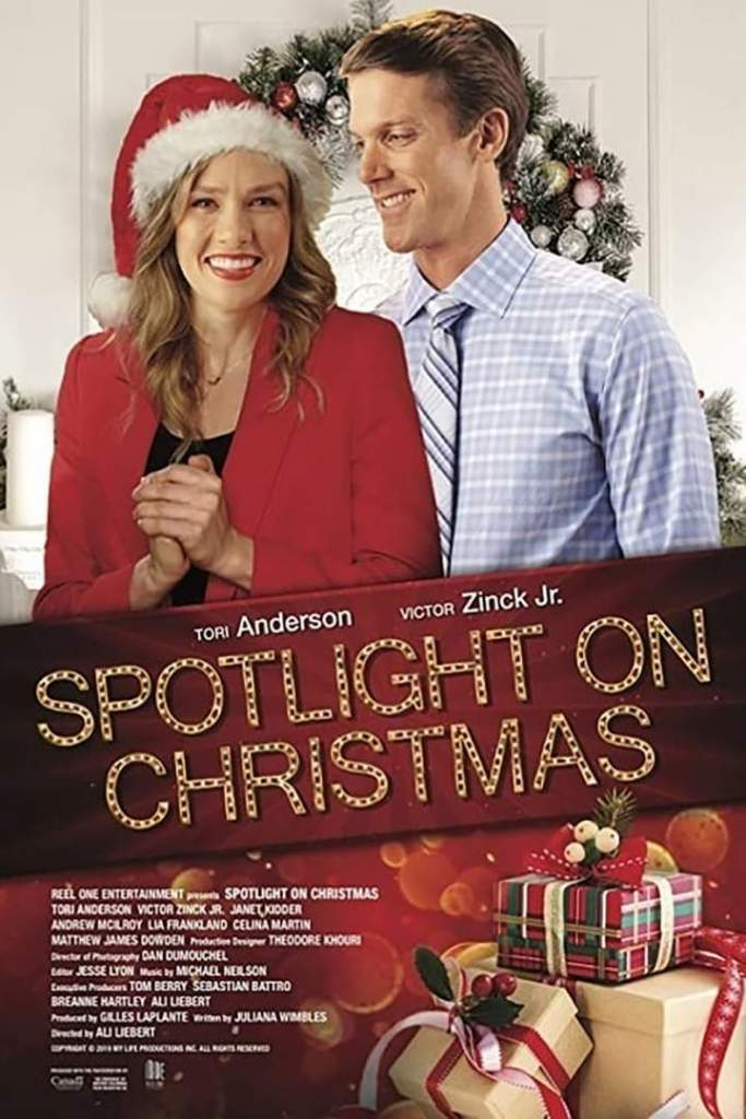 DOWNLOAD MOVIE: Spotlight on Christmas (2020)
