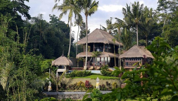 pool villa ubud