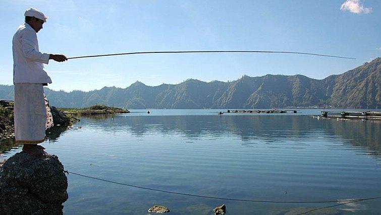 Batur Lake fisherman in bali