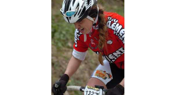 donna-in-bici-marika-passeri-1-jpg