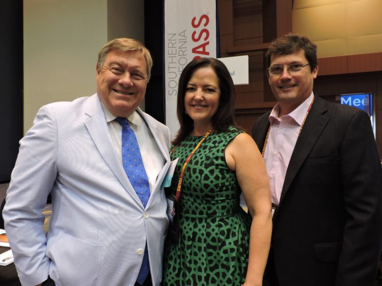 (Left to right): Douglas MacKenzie, director of media relations, VisitPhoenix; Laura McMurchie, Scottsdale, Arizona; and Luiz deMoura, managing director, Latin America, TraveMedia.