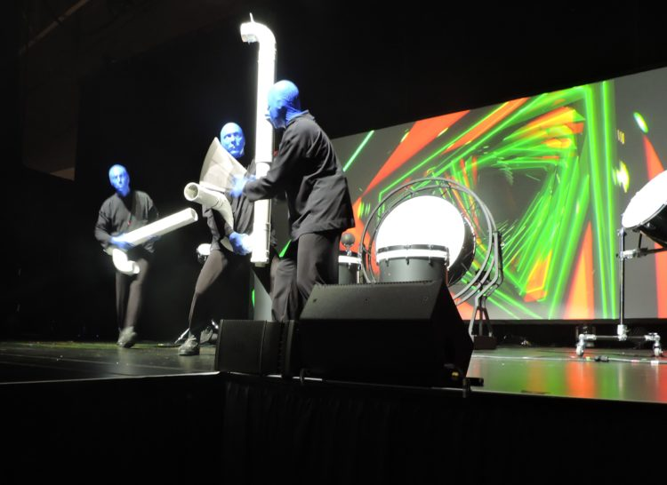Following lunch, sponsored by New York City & Company and Broadway Inbound, the Blue Man Group launches the entertainment part of the program.