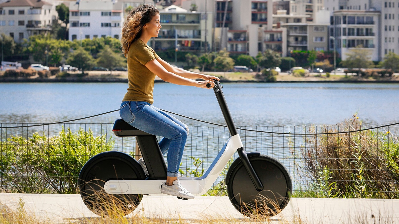 The Karmic OSLO, moped-style e-bike impresses with its design
