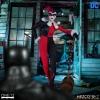 Mezco: DC Comics - Harley Quinn Deluxe Edition