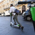 Can E Scooters Break Into New York City It S Complicated But Early Signs Point To Yes Inc Com