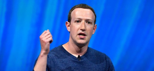 Mark Zuckerberg Says That Facebook Is Committed to Free Expression. He Just Isn