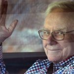 Warren Buffett's Personal Pilot Reveals the Billionaire's Brilliant Method for Prioritizing