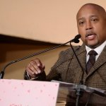 Why Daymond John Literally Sleeps With His List of Goals