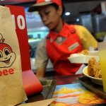 Meet Jollibee: The Filipino Fast Food Restaurant That Is Breaking the Internet