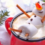7 Holiday Treats You Can Give to Employees to Make Their Day