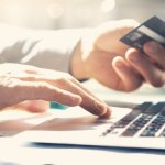 How to Build a Repeat Customer Base Through an Outstanding E-Commerce Experience