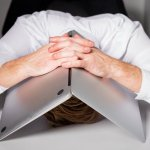 7 Sure Signs You're Stuck in a Rut at Work