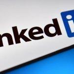 This Foolish Mistake Wrecks People's LinkedIn Profiles (and Reputations)