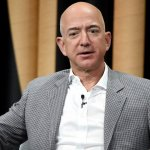 1 Powerful But Simple Rule That Jeff Bezos Uses To Think and Perform Better