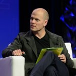 Tim Ferriss' Approach To Accomplishing Your Most Important Priority Is Brilliant (And It Only Takes 1 Hour a Day)