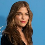 Actress Selma Blair's Raw and Moving Instagram Post Is a Masterpiece of Emotional Intelligence
