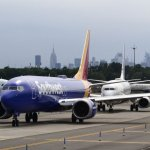 The 1 Big Difference Between Southwest Airlines and American Airlines Just Got Exposed Again