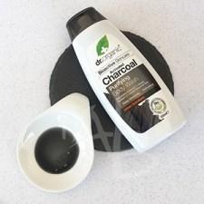 Bagnodoccia al carbone attivo Dr. Organic