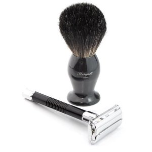 Haryali Razor and Badger hairBrush