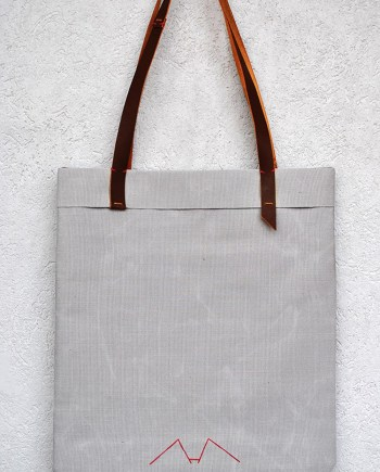 tote light gray and brown - InconnuLAB