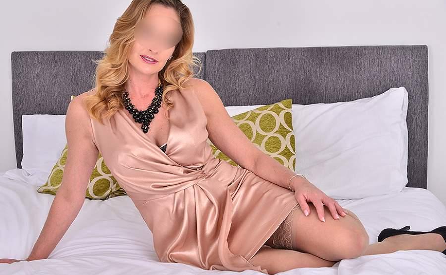 Milf sexy fa incontri di sesso a Venezia