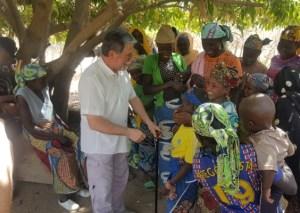 Incontro con la popolazione del villaggio di Oudda - Camerun