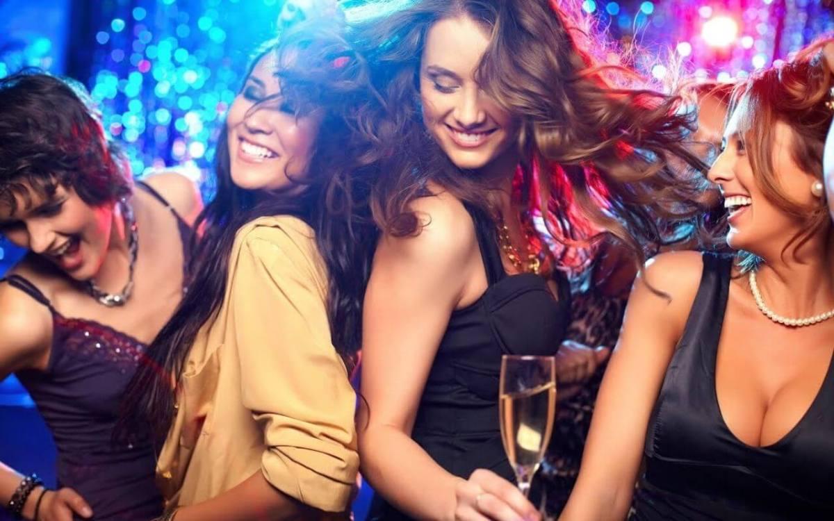 Dress Code at Nightclubs in Goa