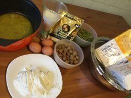 Gli ingredienti per la preparazione dello sformato di tagliolini