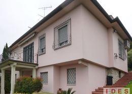 Villa unifamiliare in piazzetta San Fiorano - Brescia