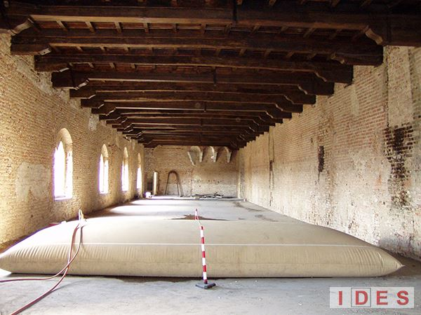 """Castello """"Sforzesco"""" - Vigevano (Pavia) - Prove di carico su solai"""
