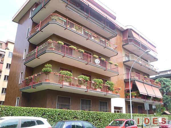 Condominio in via Italia - Cesano Boscone (Milano)