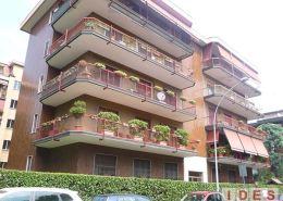 Condominio in via Italia - Cesano Boscone (Milano)