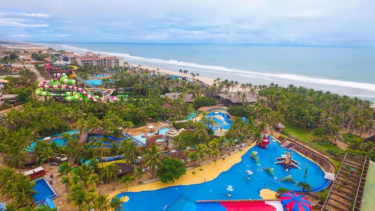 Beach park fica localizado em uma praia do Ceará chamada Porto das Dunas