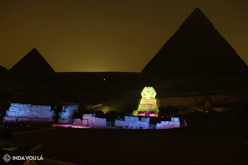 Show de luzes nas pirâmides e esfinge - Vista do hotel em Giza, no Cairo