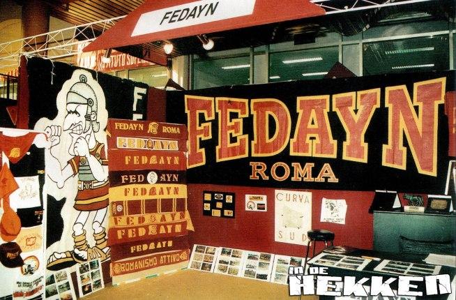 De Fedayn in een souvenirstand, foto indehekken.nl