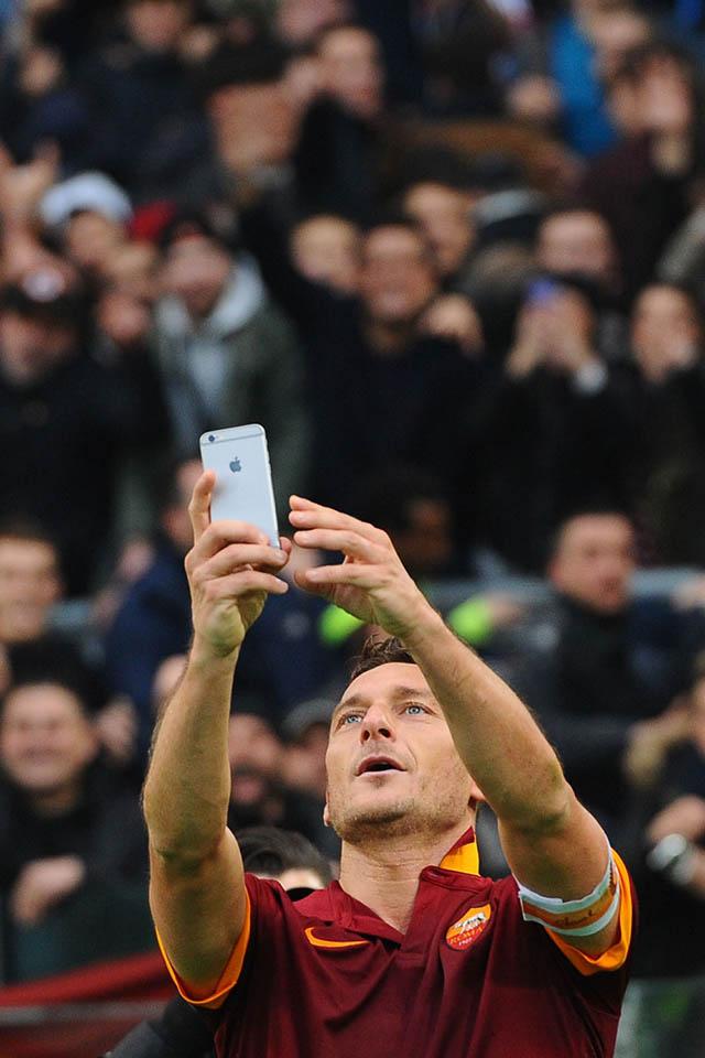 Francesco Totti selfie tegen Lazio