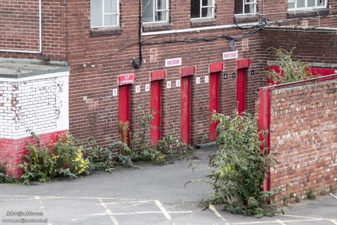 De oude toegangspoortjes van Millmoor