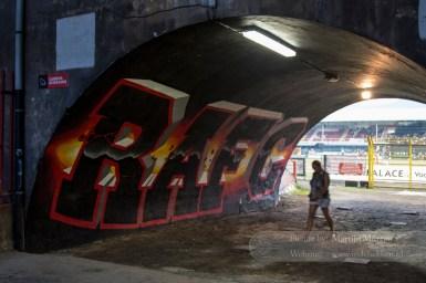 De tunnel naar Tribune 2