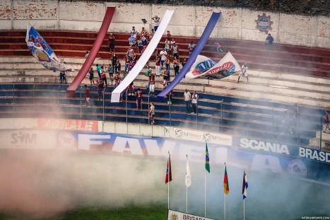 De kleine, maar fanatieke, groepering fans. Caxias - Panambi (Divisão de Acesso 2016)