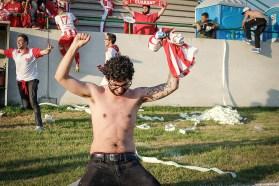 Blijdschap bij deze fan, nadat zijn team het winnende doelpunt scoort. Gaúcho - Guarany (Terceira Divisão 2016)