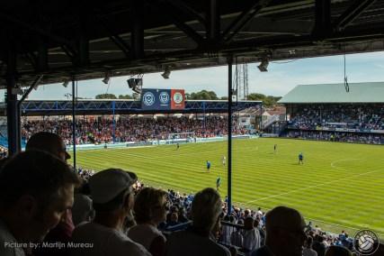 Een goed gevuld uitvak: Ongeveer 2.500 fans van Luton Town zakten af naar Portsmouth