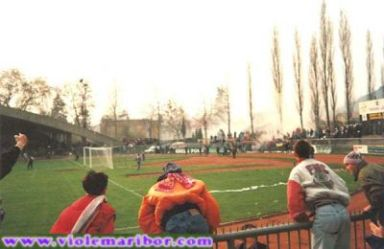 NK_Maribor_Supporters (21)