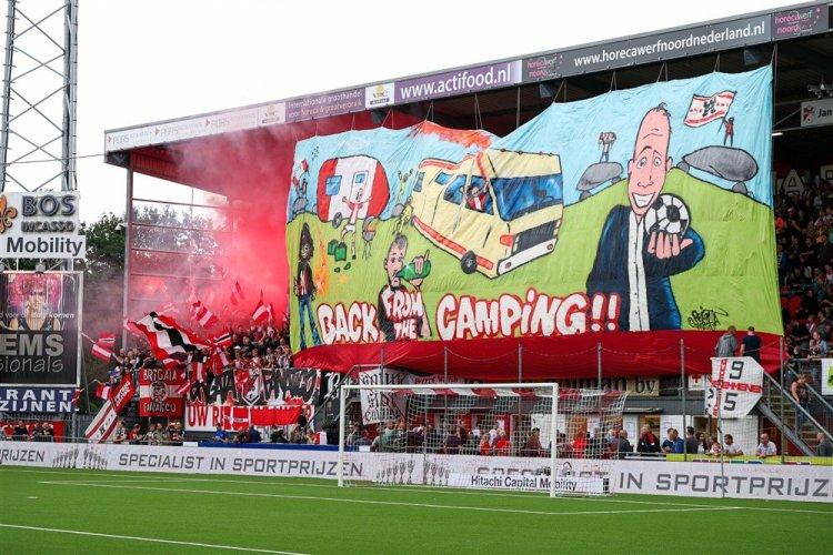 FC Emmen tijdens dé Derby van het Noorden
