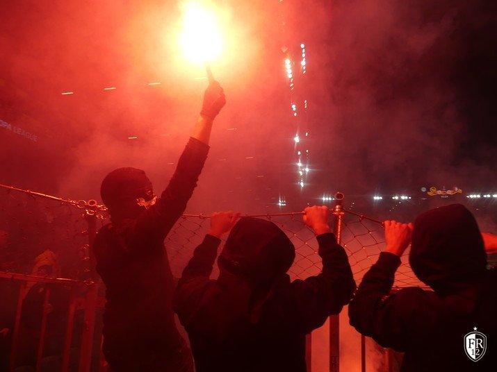 Young-Boys - Feyenoord-pyro (11)