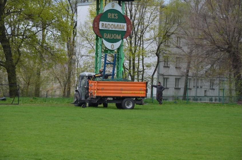 De sloop van het stadion (via Tomasz Fiołek Fijałkowski, tylkoradomiak.pl)