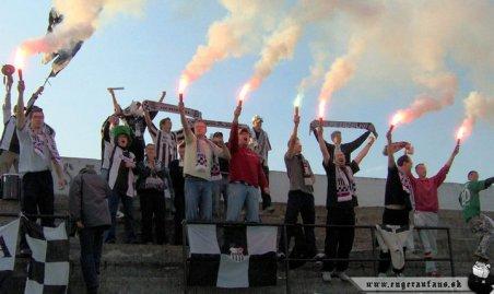 Pyro-actie (via Martin Štvrtecký en ultras.sk).
