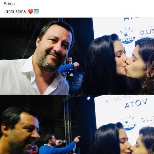 Selfie di Salvini con bacio lesbo diventa virale
