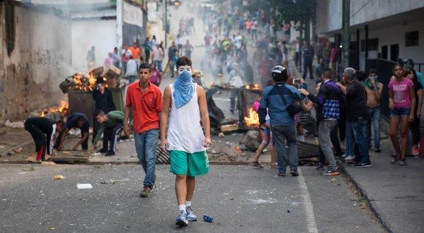Venezuela: due minori morti nelle proteste|FOTO